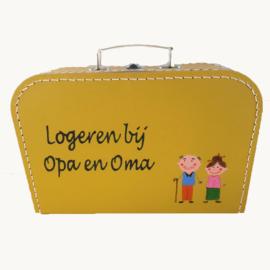 Koffertje opa en oma logeerkoffertje