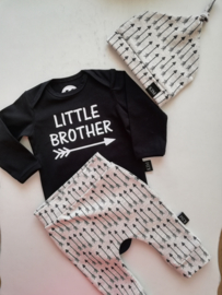 Set 'little brother'