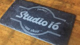 Uw logo of ontwerp op leisteen laser-gegraveerd