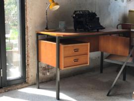 Vintage bureau.