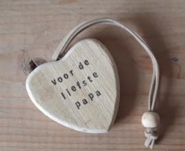 Houten hart sleutelhanger met eigen tekst