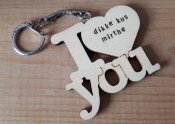 Sleutelhanger I Love you met eigen tekst