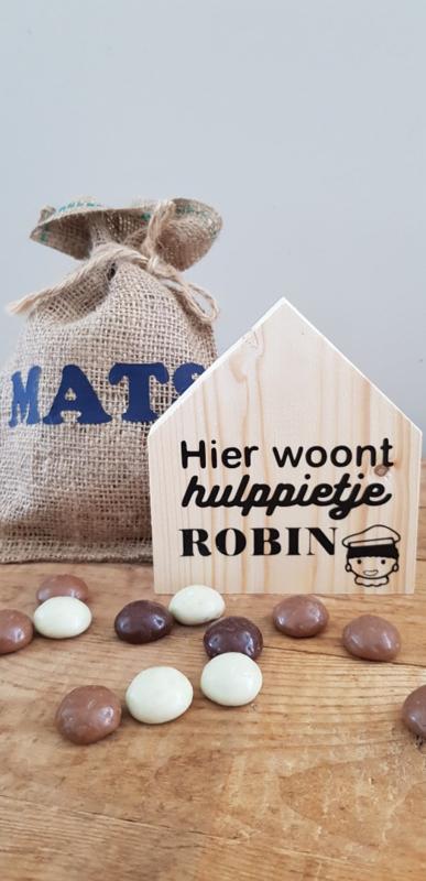 Sinterklaas huisje Hier woont + 1 naam met Piet
