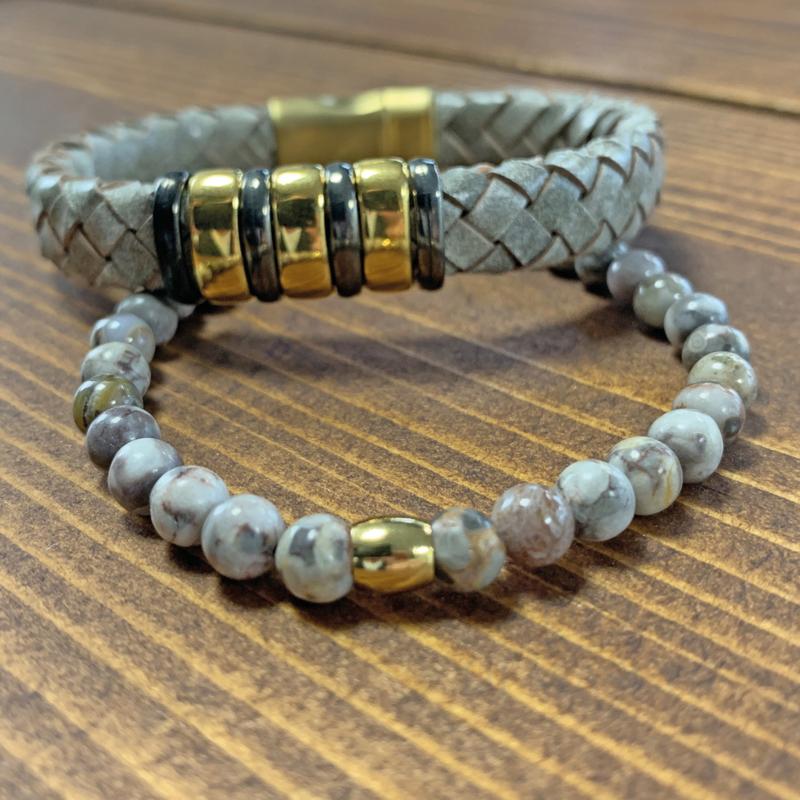 Goud en grijs armband set