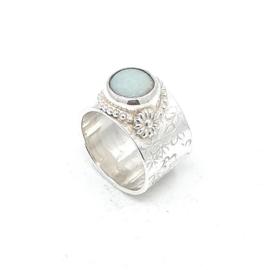 Zilveren ring met amazoniet.