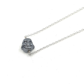 Zilveren collier met hematiet boeddha.