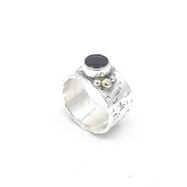 Zilveren ring met donkere rookkwarts.