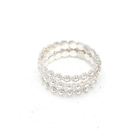 Zilveren ring.