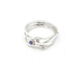 Zilveren ring met saffier.