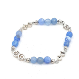 Zilveren armband met blauwe agaat.