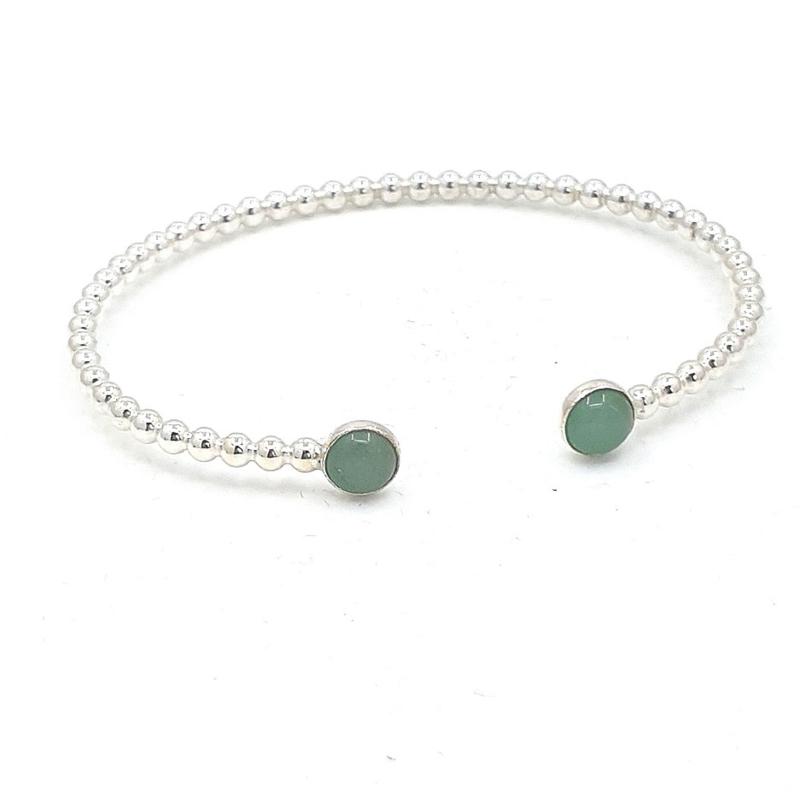 Zilveren armband met jade.