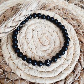 Black Onyx-armband met initiaal