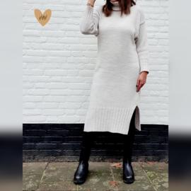 Lange gebreide jurk met kohl