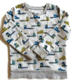 122 - C&A sweater met vrachtwagens