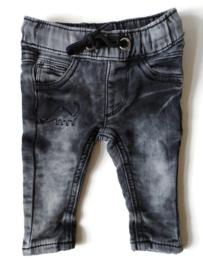62 - Zeeman spijkerbroekje