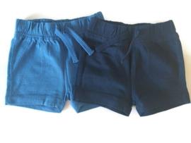 62 - C&A set van 2 korte broekjes