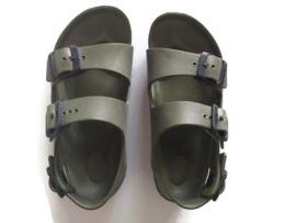 29 - Birkenstock Milano sandalen