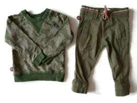 86/92 - 4funkyflavours sweater + joggingbroek