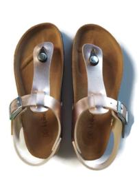 35 - Kipling  sandalen NIEUW