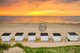 Strandhuisjes op Texel, ringen in de hoeken.