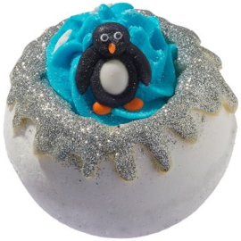 Bomb Cosmetics Pick Up A Pinguin Bath Blaster