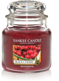 Yankee Candle Black Cherry - Medium