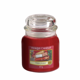 Yankee Candle Unwrap The Magic - Medium