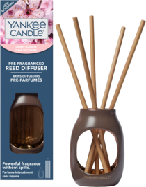 Yankee Candle Cherry Blossom STARTER KIT PRE-FRAGRANCED REED