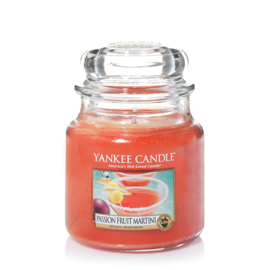 Yankee Candle Passionfruit Martini - Medium