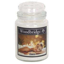 Woodbridge Spa Day 565g Large Candle
