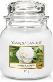 Yankee Candle Camellia Blossom - Medium