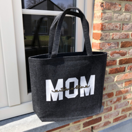 Mom-shopper