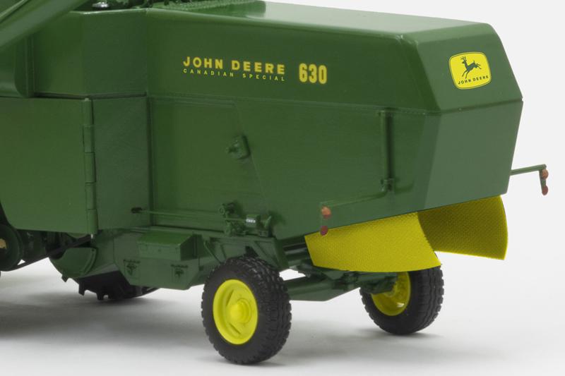 John Deere 630 'Canadian Special'   UITVERKOCHT!