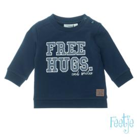 Sweater Free hugs- Smile- Feetje