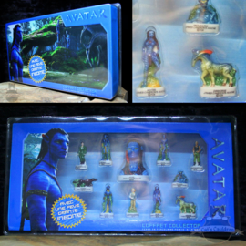 Avatar porcelain figure set in display box