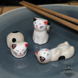 Chopstick holders set of 3 cats cream colored