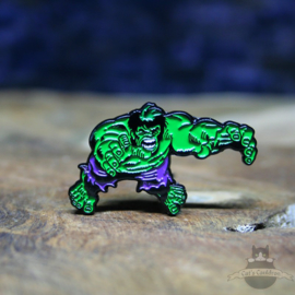 The Incredible Hulk pin Marvel Avengers attack