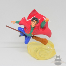 Harry Potter statue Playing Quidditch Royal Doulton