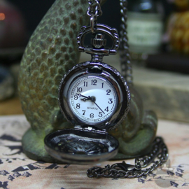 Pocket watch old style in anthracite with long chain