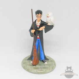 Harry Potter statue Wizard in Training Royal Doulton