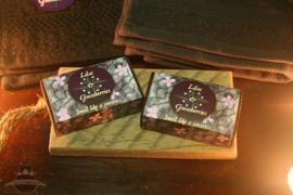 Lilac & Gooseberries giftset Witcher zeep met gastendoekjes