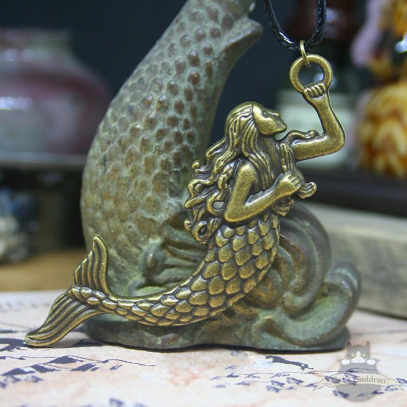 Zeemeermin ketting bronskleurig