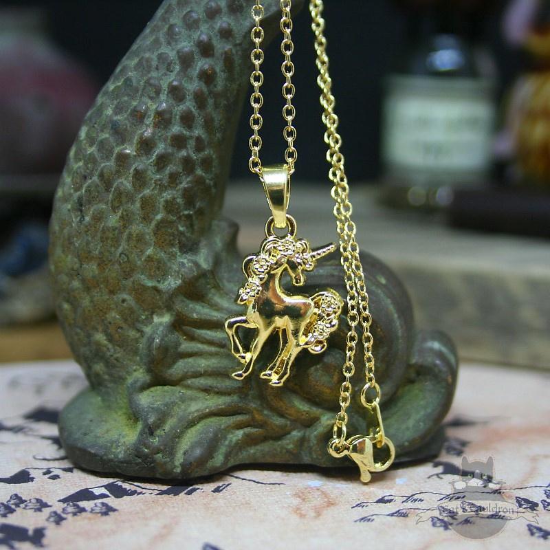 Kleine eenhoorn fantasy ketting in goud kleur