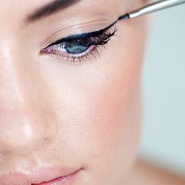 STAP 5: Eyeliner