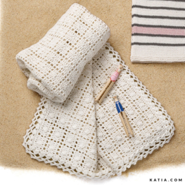 Gehaakte babydeken Cotton Cashmere circa 80 bij 80 cm