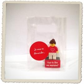 """Lego minifig. """"Veux-tu être ma marraine?"""""""