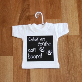 "Vb. mini t-shirtje thema ""handjes"""