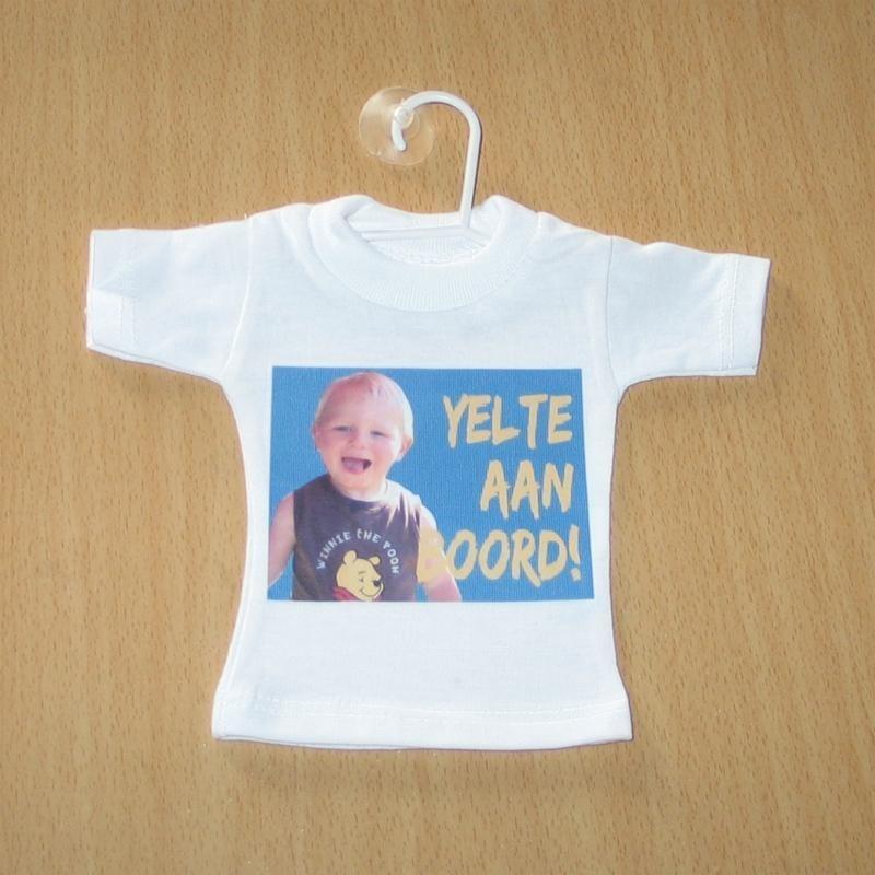 """Vb. mini t-shirtje """"aan boord"""" met foto"""