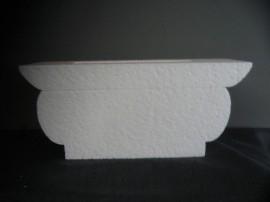 Lanwerpige vaas, hoogte15 cm, breedte 35 cm, dikte 12 cm.