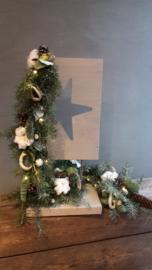 Kerstguirlander op statief ( ster) inclusief verlichting